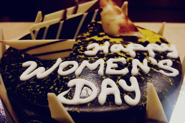 How to Celebrate Women's Day with Different Sweet Delicacies?